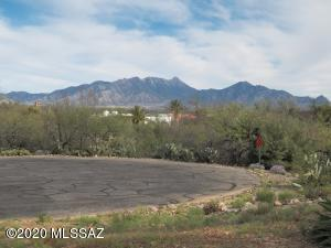 551 S Paseo Lazo Circle, Green Valley, AZ 85614