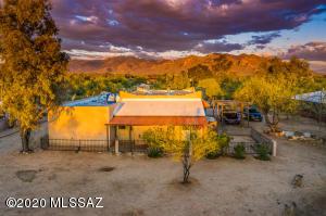 10503 N Camino Central, Tucson, AZ 85742