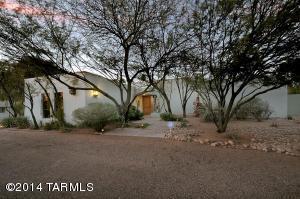 450 S Via Golondrina, Tucson, AZ 85716