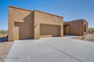 13072 W Summer Poppy Street, Tucson, AZ 85743