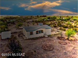 3670 E El Toro Road, Sahuarita, AZ 85629