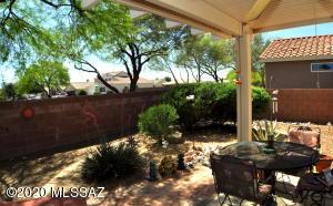 9422 N Desert Mist Lane, Tucson, AZ 85743