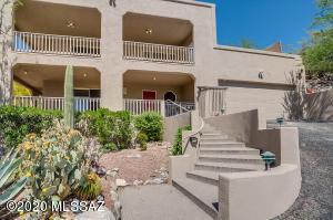 10 W Stone loop, Tucson, AZ 85704