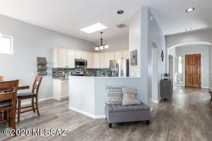Open kitchen to dining area and family room.