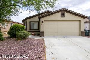 8806 E Chimney Springs Road, Tucson, AZ 85747