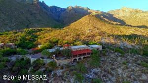 7200 N Finger Rock Place, Tucson, AZ 85718