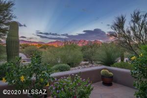 12087 N Sliding Rock Place, Oro Valley, AZ 85755