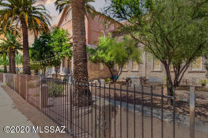 420 S 6th Avenue, 202, Tucson, AZ 85701