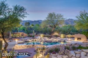 8381 E Brookwood Drive, Tucson, AZ 85750
