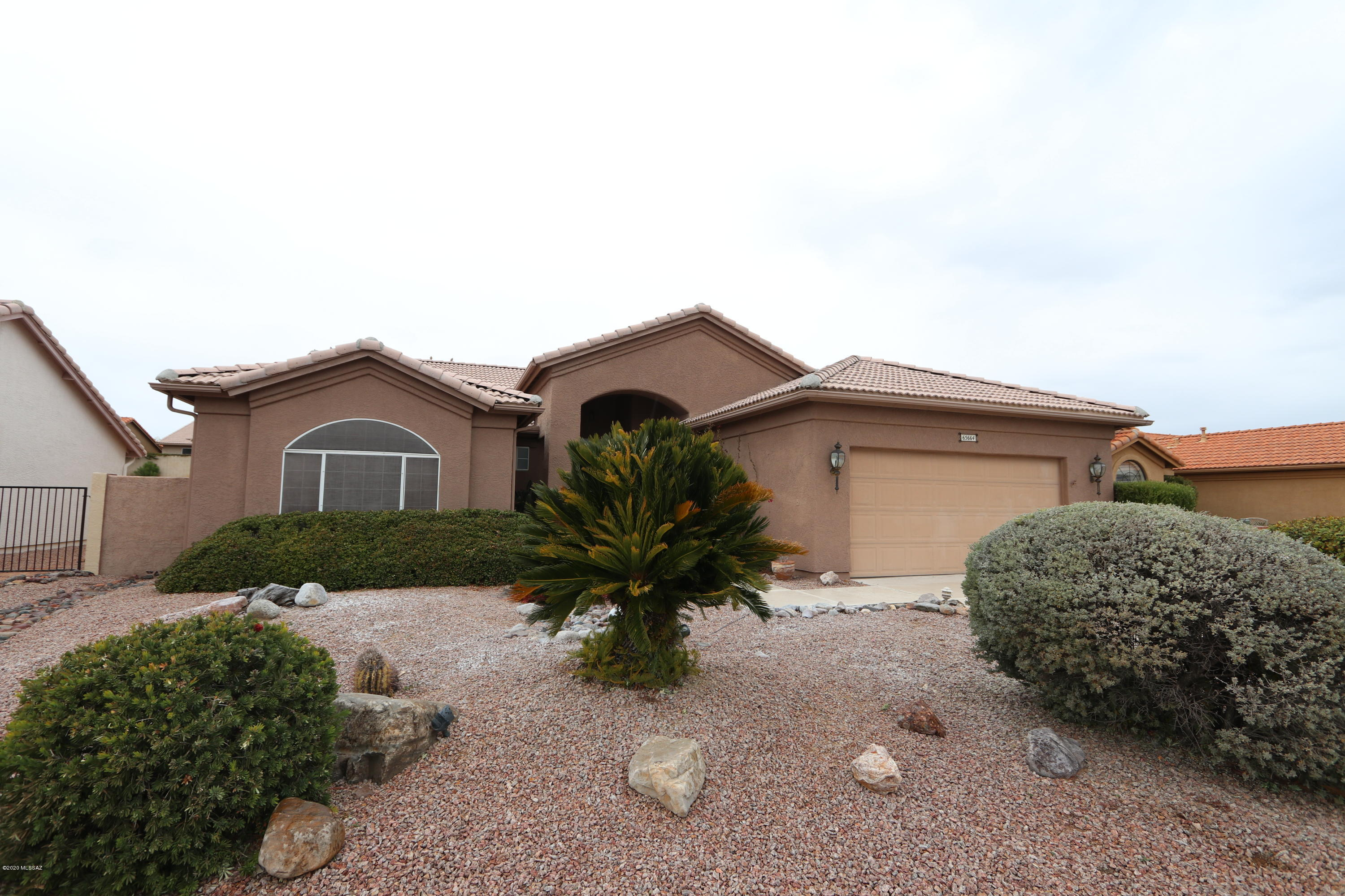 Photo of 65664 E Desert Trail Drive, Saddlebrooke, AZ 85739