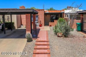 279 N Calle Del Diablo, Green Valley, AZ 85614
