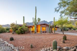 3771 E Guthrie Mountain Place, Tucson, AZ 85718