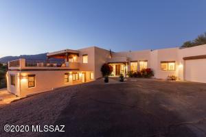 5105 E Calle Barril, Tucson, AZ 85718