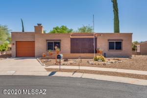 61 E La Grosella, Green Valley, AZ 85614