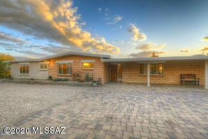 5030 N Camino Arenosa, Tucson, AZ 85718