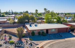 939 N Larry Place, Tucson, AZ 85710
