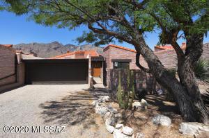 6270 N Cerrada Moreno, Tucson, AZ 85718