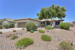 949 N Cowboy Canyon Drive, Green Valley, AZ 85614