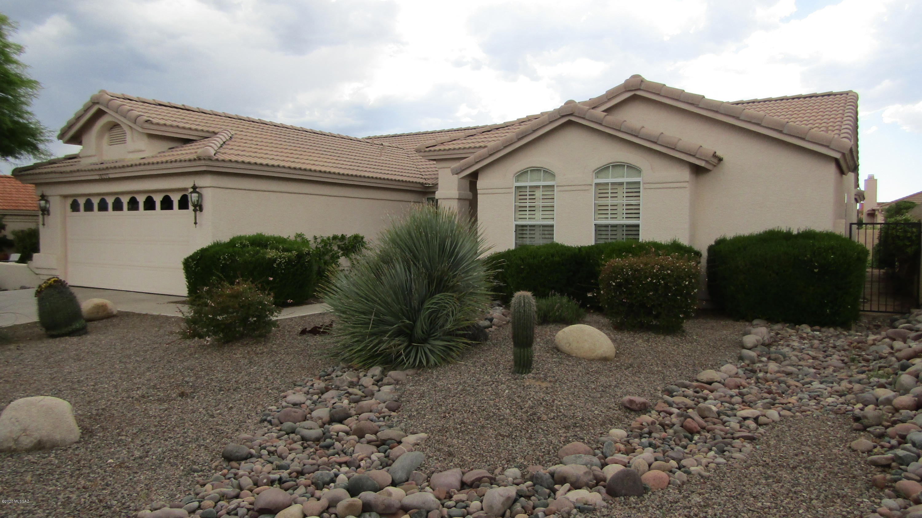 Photo of 38090 S Mountain Site Drive, Saddlebrooke, AZ 85739
