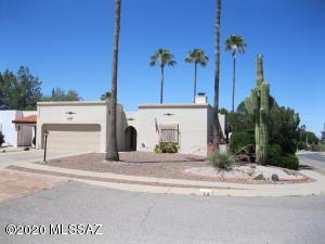 1057 N Abrego Drive, Green Valley, AZ 85614