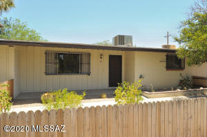 5901 N Oracle Road, Tucson, AZ 85704