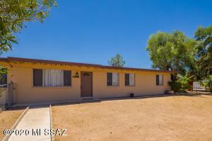 7748 E Almond Street, Tucson, AZ 85730
