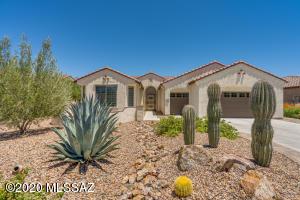 1995 E Winter Hawk Place, Green Valley, AZ 85614