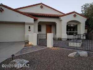 Beautifly remodeled and updated home at the end of a quiet cul de sac.