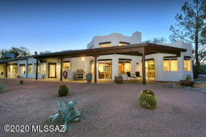 3100 W Calle Dos, Green Valley, AZ 85622