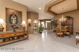 5046 W Spoonplant Court, Marana, AZ 85658