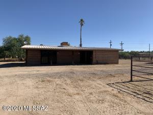 4820 W Massingale Road, Tucson, AZ 85741