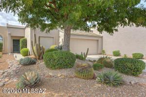 699 W Waterview Drive, Green Valley, AZ 85614