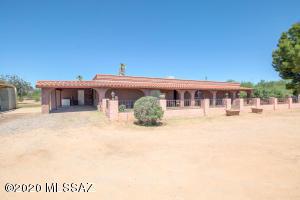 4190 E Dawson Road, Sahuarita, AZ 85629