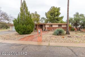 3416 N Calle Poco, Tucson, AZ 85750