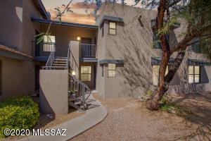 5800 N Kolb Road, 7138, Tucson, AZ 85750