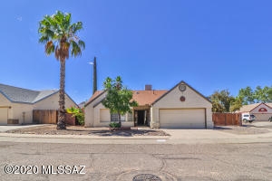 4250 W Woodridge Lane, Tucson, AZ 85741
