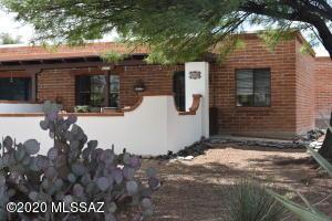 322 S La Cañada Drive, Unit D, Green Valley, AZ 85614