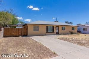 5804 E Eastland Street, Tucson, AZ 85711