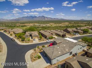 1901 W Acacia Bluffs Drive, Green Valley, AZ 85622