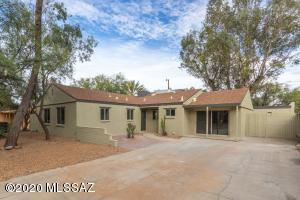 2641 E Arroyo Chico, Tucson, AZ 85716