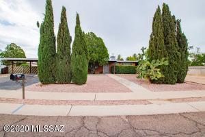 7338 E Juarez Street, Tucson, AZ 85710