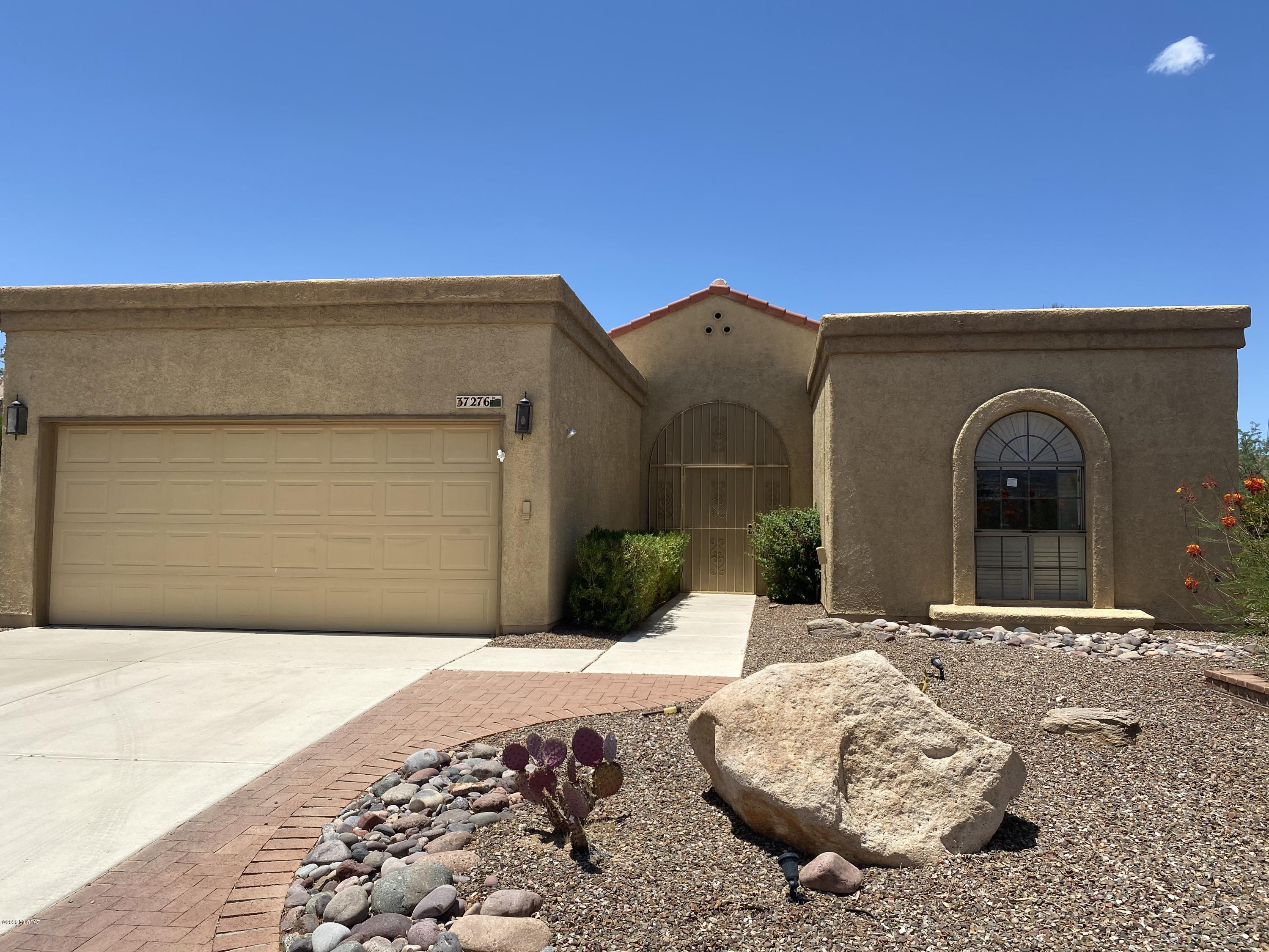 Photo of 37276 S Blackfoot Drive, Tucson, AZ 85739