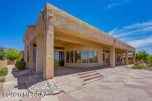 5362 E Camino Rio De Luz, Tucson, AZ 85718