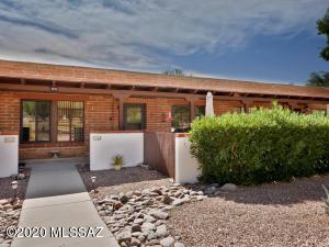 103 S Paseo Tierra, C, Green Valley, AZ 85614