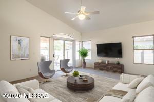 12152 N Kylene Canyon Drive, Oro Valley, AZ 85755