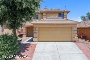 760 W Flaming Arrow Drive, Green Valley, AZ 85614