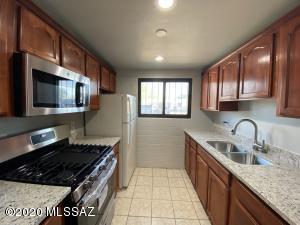 146 W Mossman Road, Tucson, AZ 85706