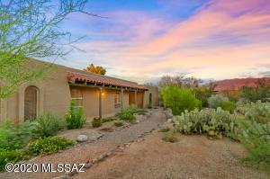 11151 E Michelle Lane, Tucson, AZ 85748