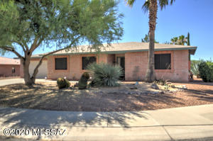 903 W Welcome Way, Green Valley, AZ 85614