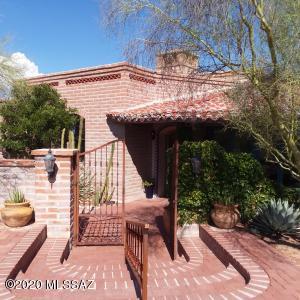 1210 E Condesa Tercera, Tucson, AZ 85718